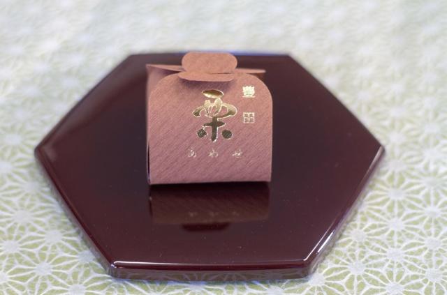 栗あわせ(茶) 180円