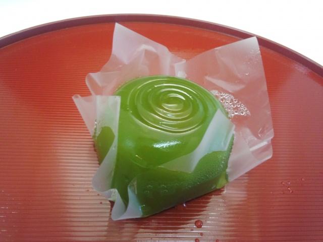 水まんじゅう (抹茶) 120円